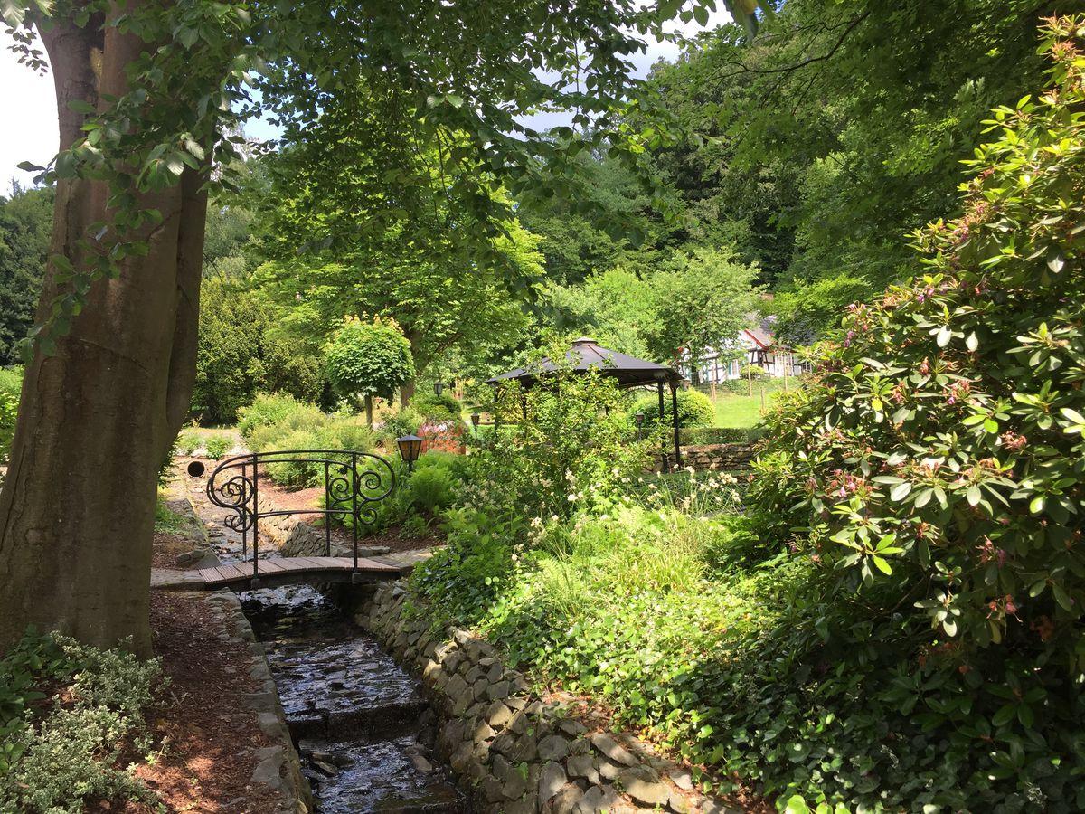Haus Stolzenbach, Lohmar - Garten am Bach